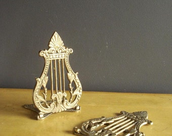 Harp Brass - Pair of Vintage Brass Harp Shaped Bookends