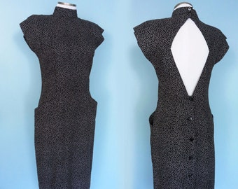 Cut Out Keyhole Cheongsam Dress Open Button Back Black White Ditzy Dots High Neck Backless Front Pockets