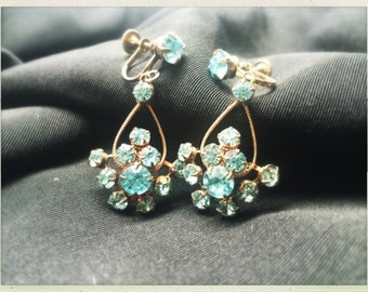 Vintage Rhinestone Chandelier Screw Back Earrings - Light Sapphire