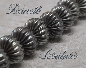 20 Fluted Corrugated Vintage Rondelle Beads Classic Antique Silver Toned Brass 12 mm Diameter X 9 mm