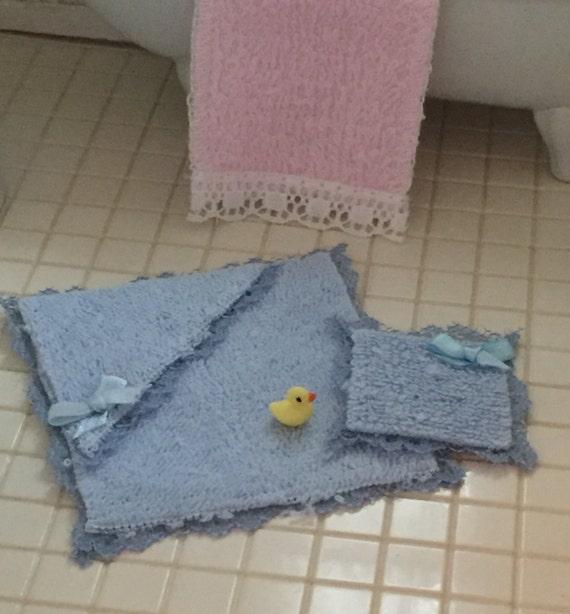 Miniature Blue Baby Bath Towel, Bath Cloth and Duck Set, Dollhouse Miniatures, 1:12 Scale, Dollhouse Accessory, Nursery Bath Decor