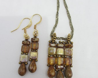 Shades of brown and gold tile necklace set