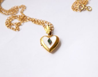 Vintage Heart Locket With Green Rhinestone And Mother Of Pearl c.1940s
