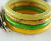 Vintage Bakelite Bangles Cream Corn Cream Spinach Butterscotch Root Beer Mottled Buy One Buy All  .....5144