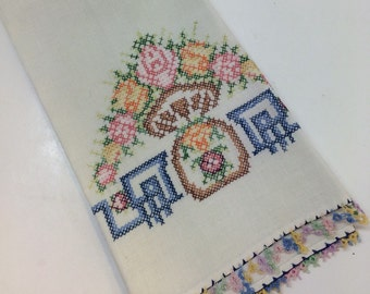 Vintage Linen Hand Towel with Embroidery
