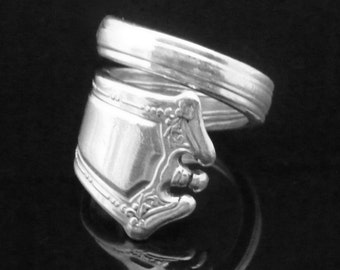 Victorian Decorative Silver Spoon Ring, Continental 1914