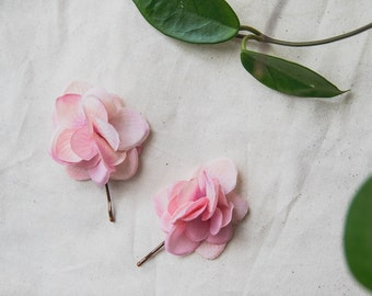 dusty pink flower hair pins // set of two / bridal wedding hair, blossom hair clips, bridesmaids, nature, delicate flower pins