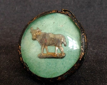 Cow parade... Antique Our Lady of Lourdes medal precious pendant to protect cattle.
