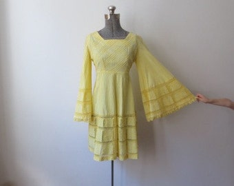 60's/70's Unbelievably HUGE Bell Sleeve, Canary Yellow Pintuck Mini Dress, Small