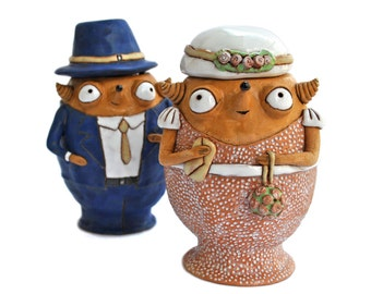 Ceramic holders for loose goodies: just married babooshi couple