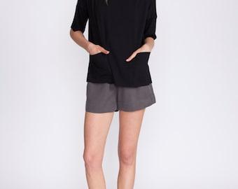 Black t shirt, oversized shirt, scoop neck crop top, 3/4 sleeves, blouse, summer top, loose fit, shirt, t shirt, pockets, black top