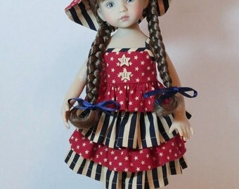 """SALE!! 4-Piece Patriotic Ruffled Top, Skirt, Capri's, and Hat for 13"""" Dianna Effner Little Darling"""