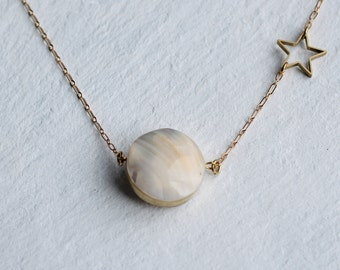 Full Moon Necklace ... Long Pearl Vintage Star Astrology