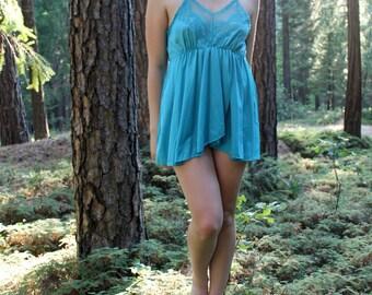 AQUA 1990's Vintage Nightie Camisol Aquamarine Teal Nylon and Lace