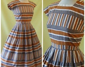 1950s Dress / 50s Day Dress / Quirky Bold Stripe Print / Full Skirt / Broderie Anglaise Trim / S Small