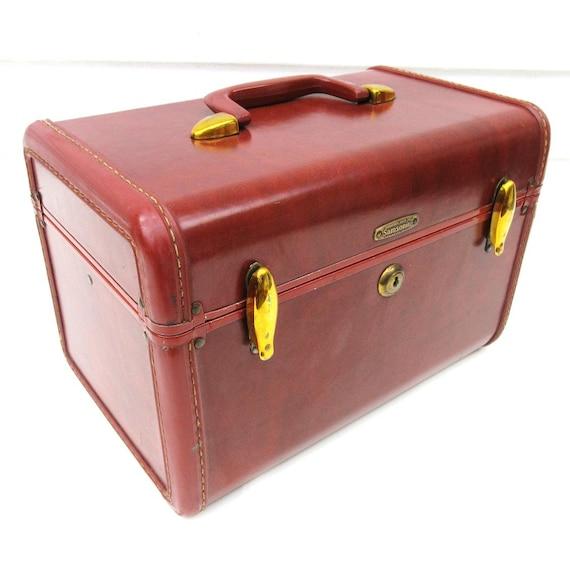 vintage samsonite train case carry on makeup case samsonite. Black Bedroom Furniture Sets. Home Design Ideas