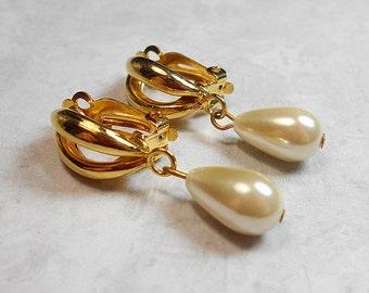 Clip on Earrings Vintage Faux Pearl Gold Tone Back Drop Dangle Womens Retro Jewelry