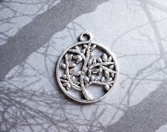 8 Round Tree Charms in Silver Tone - C2334