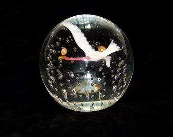 """Gentile Flying Goose Glass Paperweight with Controlled Bubbles 3.5"""" Mid Century"""