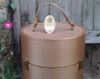GOLD Vintage Train Case / Wig Case / Hat Box / Weekender / Carry On Luggage / Memorabilia Storage or LINGERIE Case