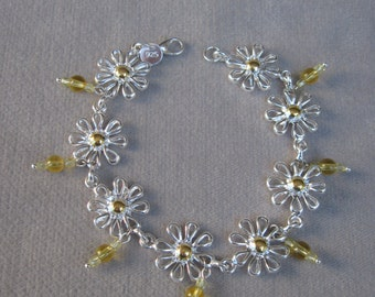 Daisy Chain Silver Bracelet with Yellow Dangling Crystals
