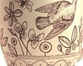 Big garden mug, birds and flowers