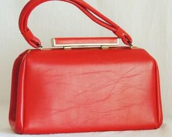 MOD 1960's Vibrant RED Handbag  / Purse