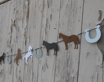 Horse & Horseshoe Garland. CHOOSE YOUR COLORS. Weddings, Showers, Birthday, Home Decoration. Custom Orders Welcome.