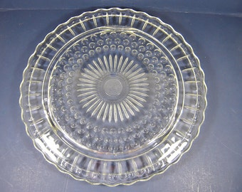 Vintage SUNFLOWER CAKE STAND Bubbles Scallop Rim Federal DEPRESSiON Glass Flower Footed Pastry Plate