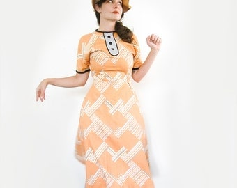 Vintage Creamsicle Dress . 1960s Printed Dress . Size Small