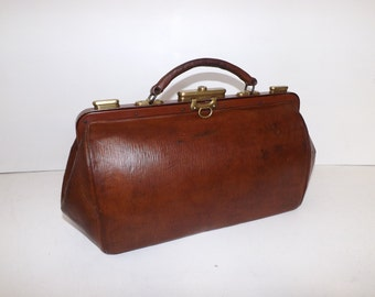 Antique 1900s brown leather large doctors bag gladstone mary poppins handbag brass fittings and fastener