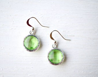 Green Glass Stone Drop Earrings