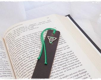 Leather Bookmark, Large Triquetra Bookmark, Celtic Bookmark, Irish Knot Bookmark, Norse Viking Bookmark, Wiccan Triad Marker, Bookworm Gift