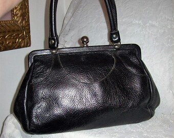 Vintage 1940s Ladies Black Leather Handbag Only 15 USD