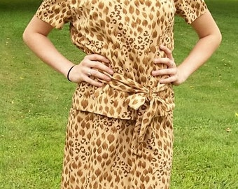 Vintage Ladies Leopard Print Dress by Sag Harbor Size 10 Only 10 USD