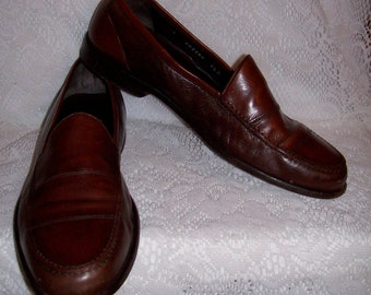 Vintage Men's Brown Leather Loafers Slip Ons by Bragano Size 9 1/2 Only 9 USD