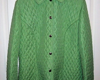 Vintage Ladies Green Quilted Jacket by Briggs New York Size 12 Only 8 USD