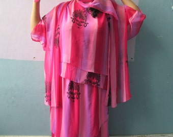 Vtg 70s 80s 4 Piece Outfit / Buddha Print / Sarong Style