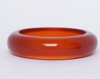LUCITE BRACELET - vintage lucite bracelet - vintage  lucite bracelet, rich chestnut color, great vintage condition, vintage lucite bracelet