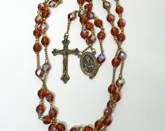 Vintage Rosary Necklace / Beaded Amber Glass Aurora Borealis / Crucifix