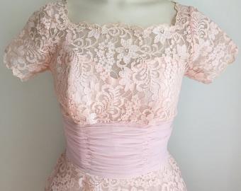 "Vintage 1950s Light Pink Lace Short Sleeve Tea Length Formal Prom Dress 24"" Waist XS"