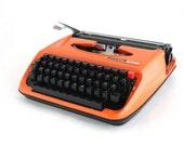 Typewriter Privileg 300T, Orange Typewriter, Manual Typewriter, Travel Typewriter, Office Home Decor, Working Typewriter,Portable typewriter