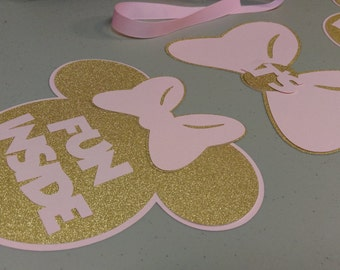 Minie Mouse Door Sign, DIY Minie Mouse Banner, Light Pink & Gold Glitter Minie Bedroom Door Sign, Come Inside Its Fun Inside, DIY Project