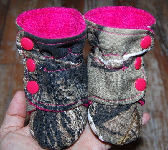 camo baby booties baby girl camo hot pink handmade from