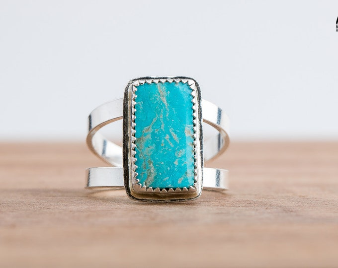 Campitos Turquoise Gemstone Ring in Sterling Silver - Size 9 - Aqua Blue Ring - Bohemian Style Navajo Indian Southwestern Jewelry