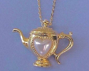 Sweet Little Vintage Teapot Necklace