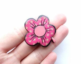 Vintage Cartoon Flower Pin
