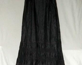 Vintage Black Petticoat, Edwardian, ca1900 polished cotton