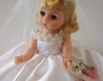 Memories of a Lifetime blonde bride Madame Alexander 8 in doll