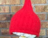 3-6 Month Gnome Hat in Red (R-0.09)